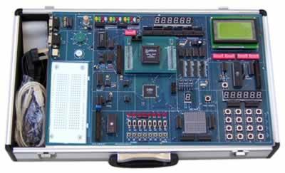 系统的实验电路结构是可控的